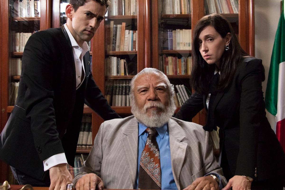 Primeras imágenes de la tercera temporada de 'Club deCuervos'