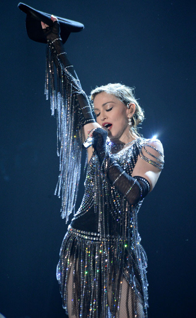 rs_634x1024-150910102753-634.Madonna-Rebel-Heart-JR-91015