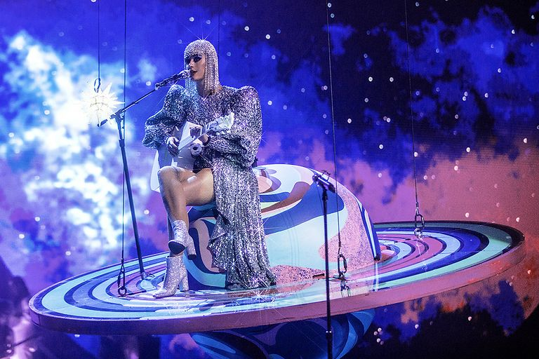 katy-perry-witness-the-tour-montreal